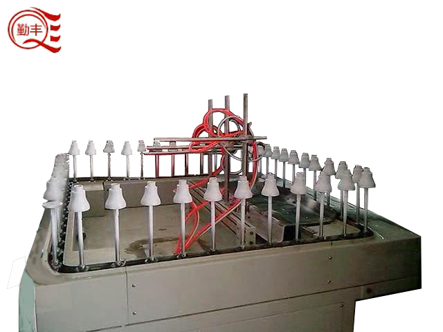 Mini-automatic line painting machine